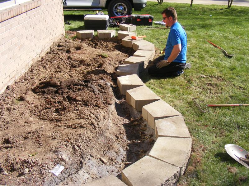 Image of: Edging Stones For Landscaping Project