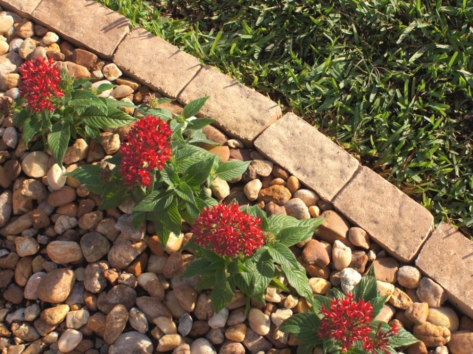 Image of: Install Edging Stones For Landscaping
