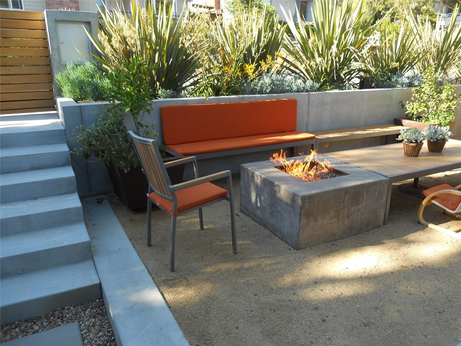 Image of: Low Maintenance Landscaping Ideas Fireplace