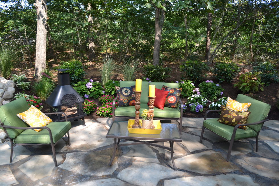Image of: Low Maintenance Landscaping Ideas Seating