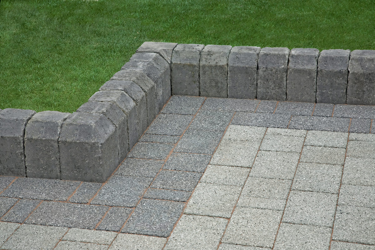 Image of: Paver Edging Stones For Landscaping