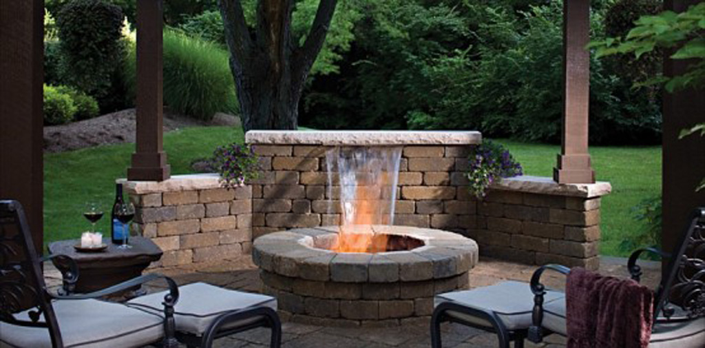 Image of: Brick Contemporary Outdoor Fireplace Designs