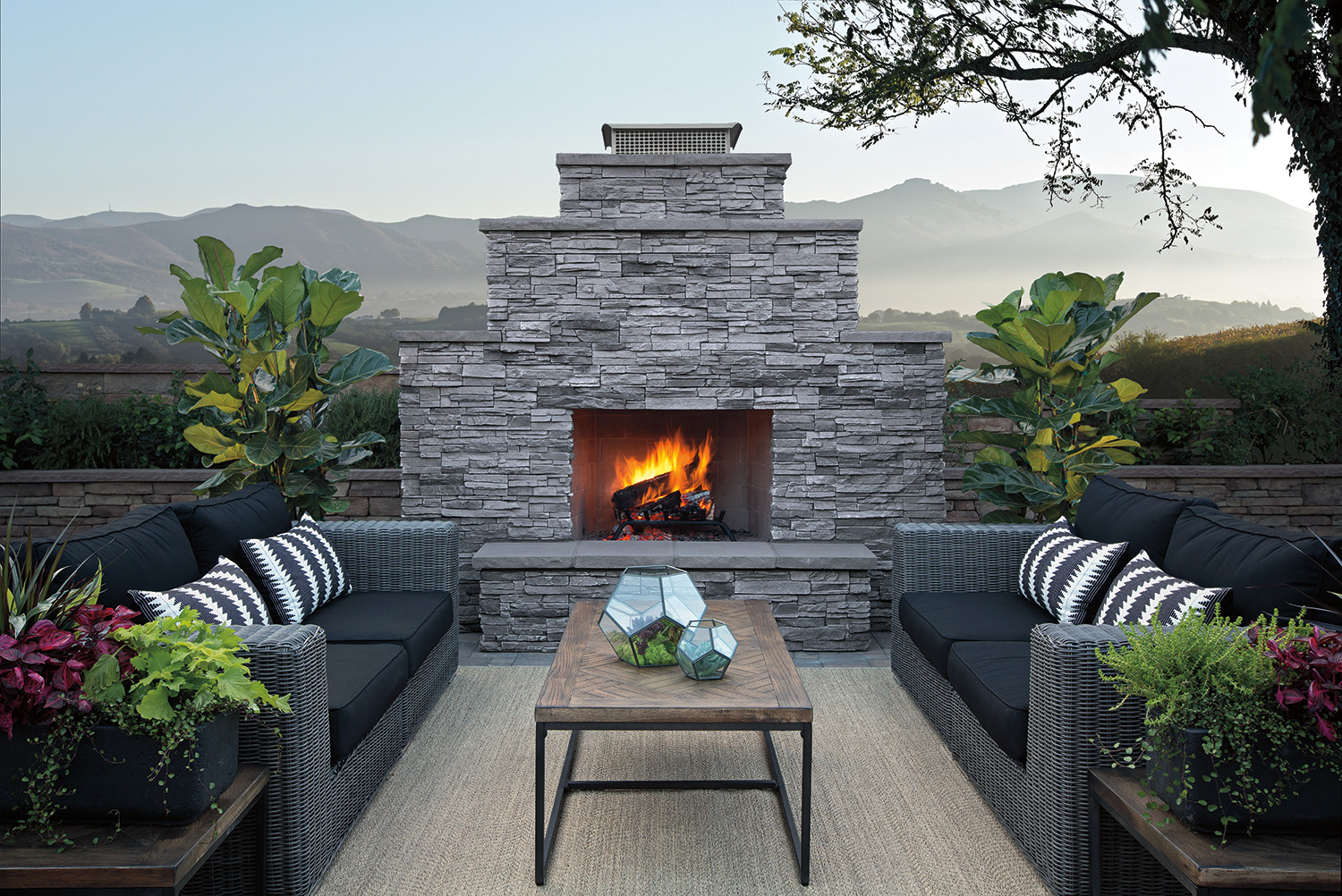 Image of: Eldorado Outdoor Fireplace Design