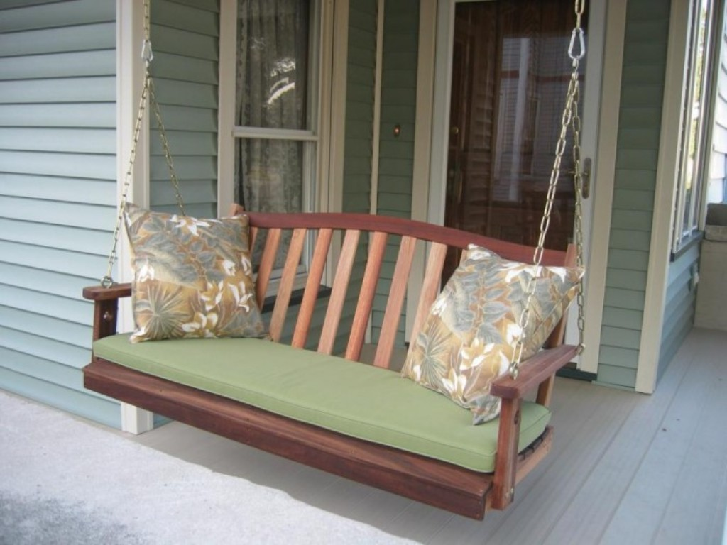 Image of: Modern Outdoor Cushions For Swings