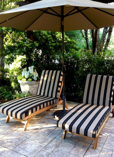 Image of: Outdoor Lounge Cushions Strip