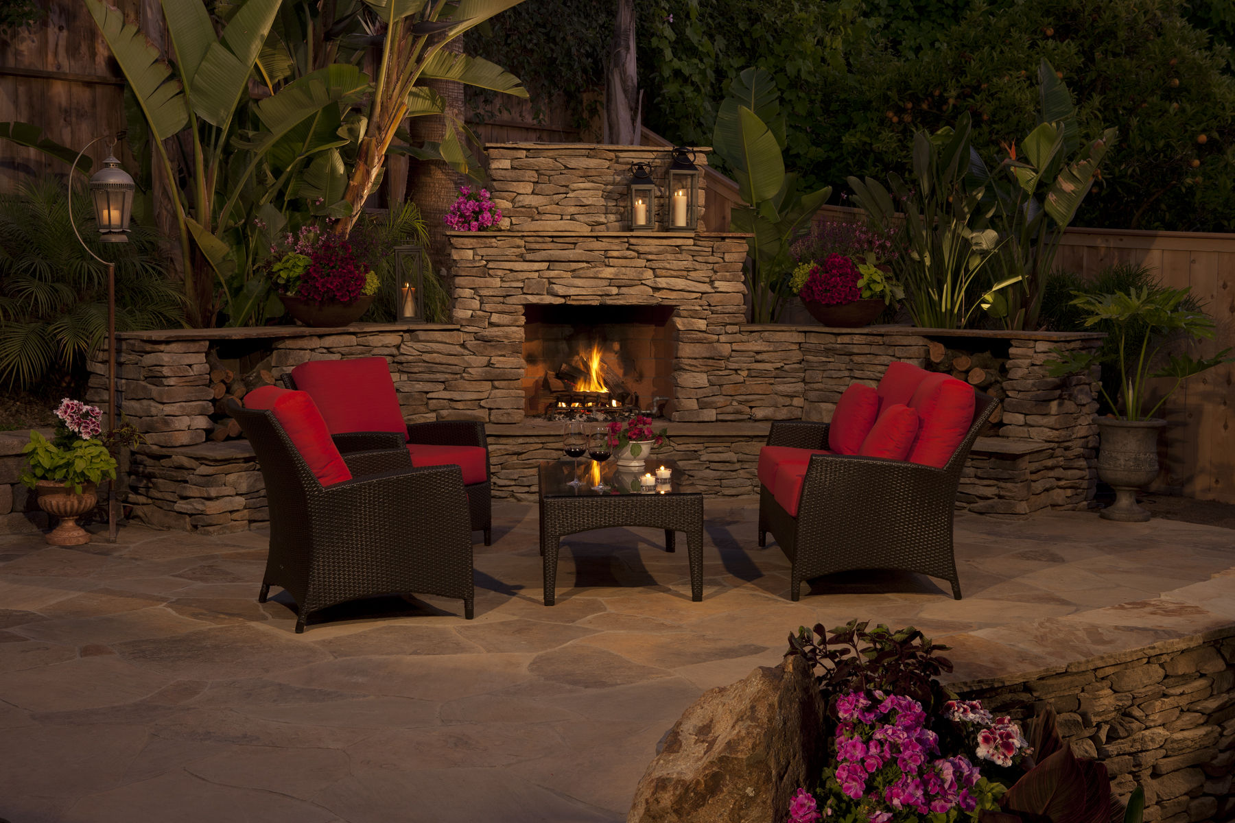 Image of: Stylish Eldorado Outdoor Fireplace