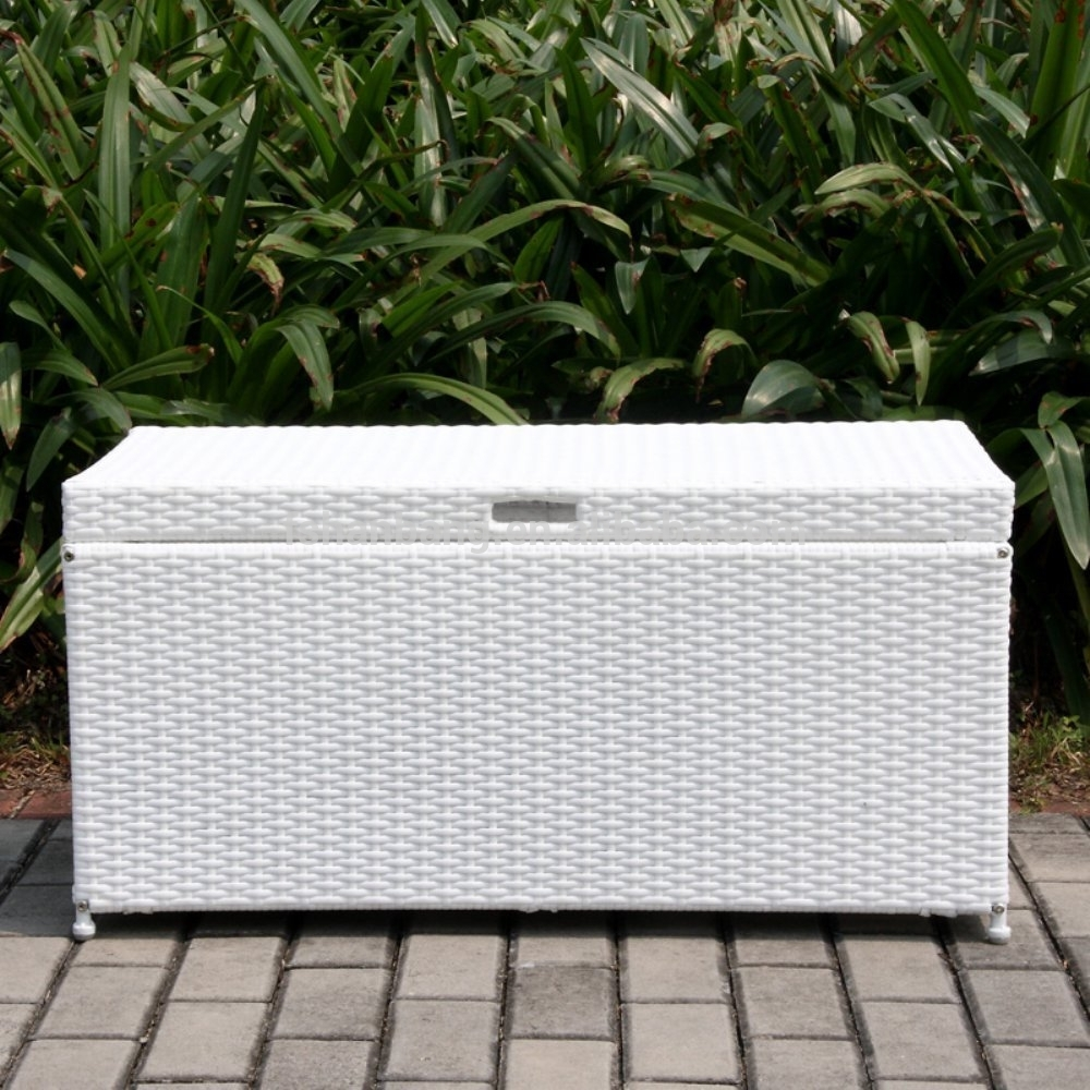 Image of: White Outdoor Storage Box For Cushions