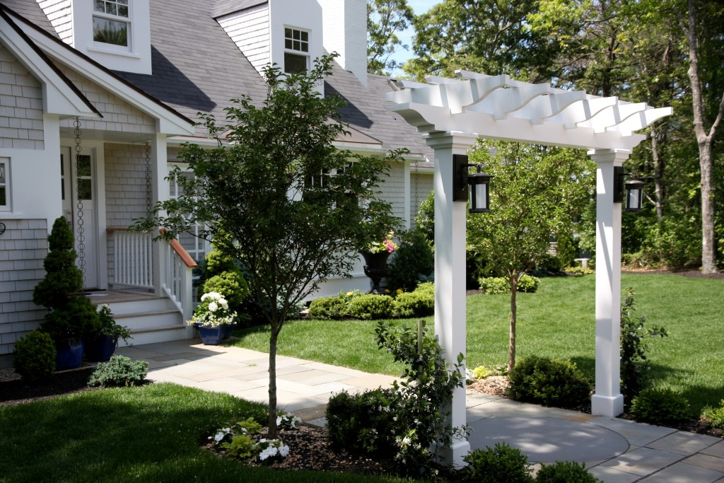 Image of: Arbor Landscaping Ideas