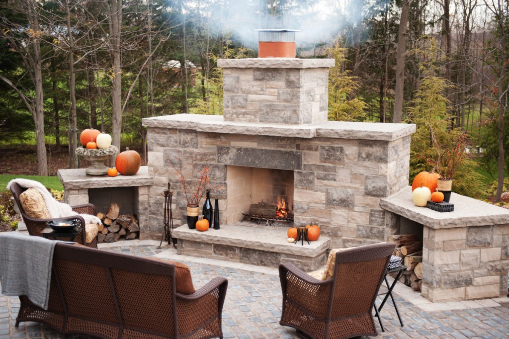 Image of: Best Stone For Outdoor Fireplace