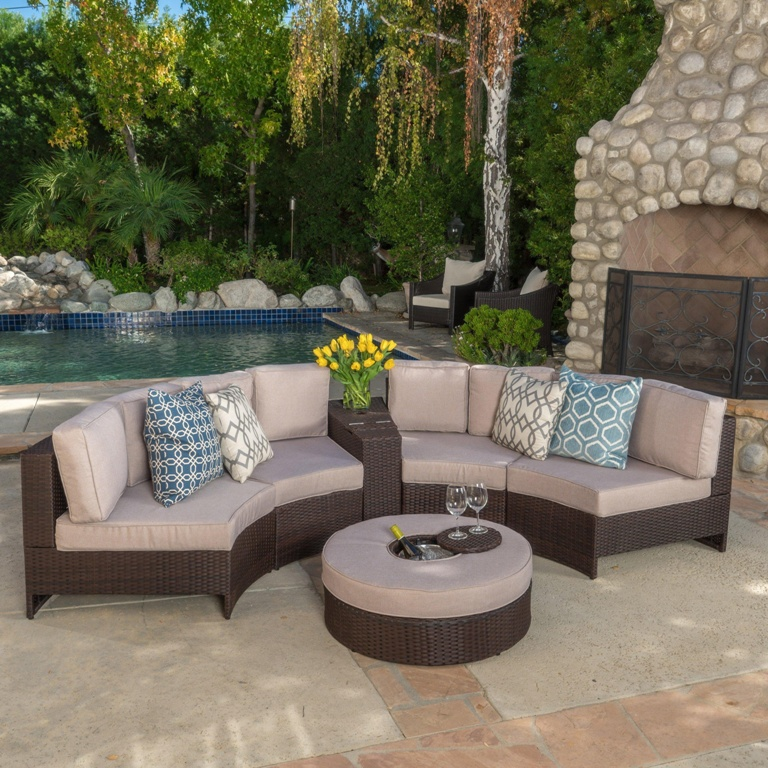 Image of: How To Waterproof Cushions For Outdoor Furniture