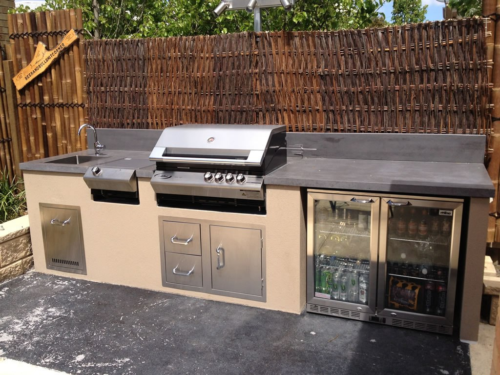 Image of: New Outdoor Vent Hood For Grill