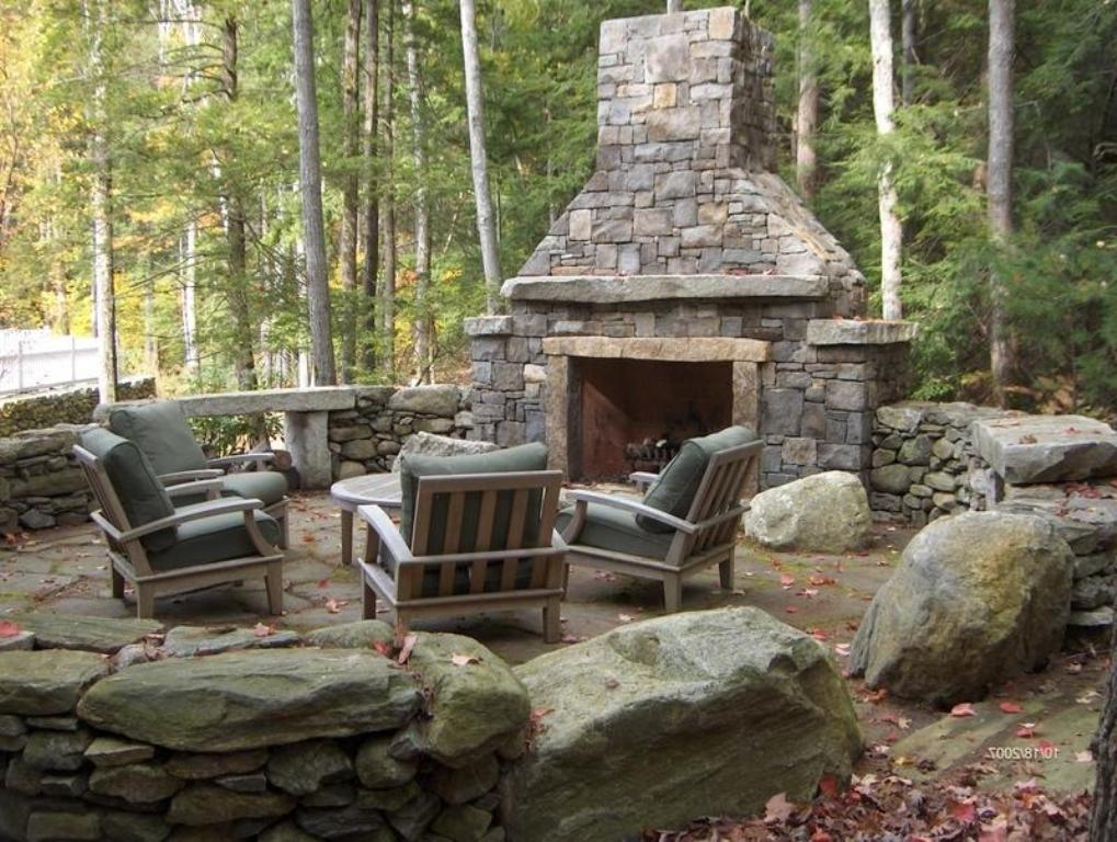Image of: Stone Age Outdoor Fireplace
