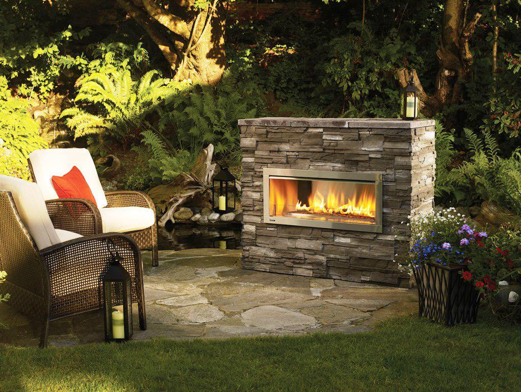 Image of: Stone Outdoor Fireplace Designs