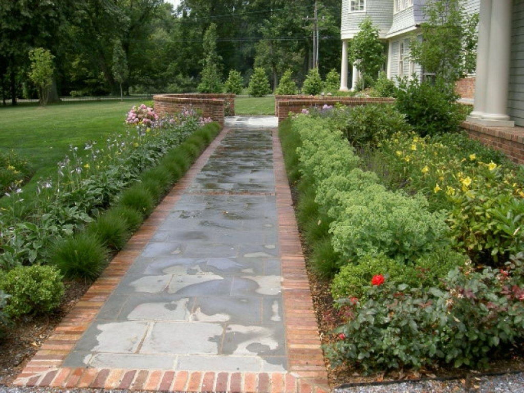 Image of: Walkway Planting Ideas