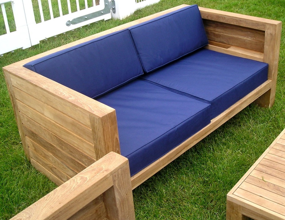 Image of: Waterproof Cushions For Outdoor Furniture Uk
