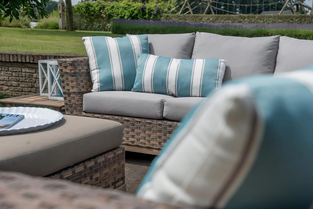 Image of: Waterproof Replacement Cushions For Patio Furniture