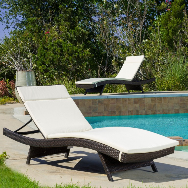 Image of: Waterproof Replacement Cushions Outdoor Furniture