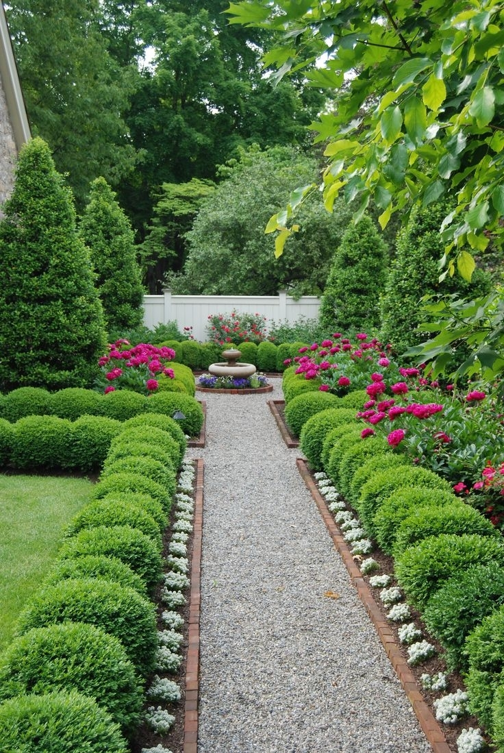 Image of: Driveway Intended For Boxwood Landscaping Design Ideas