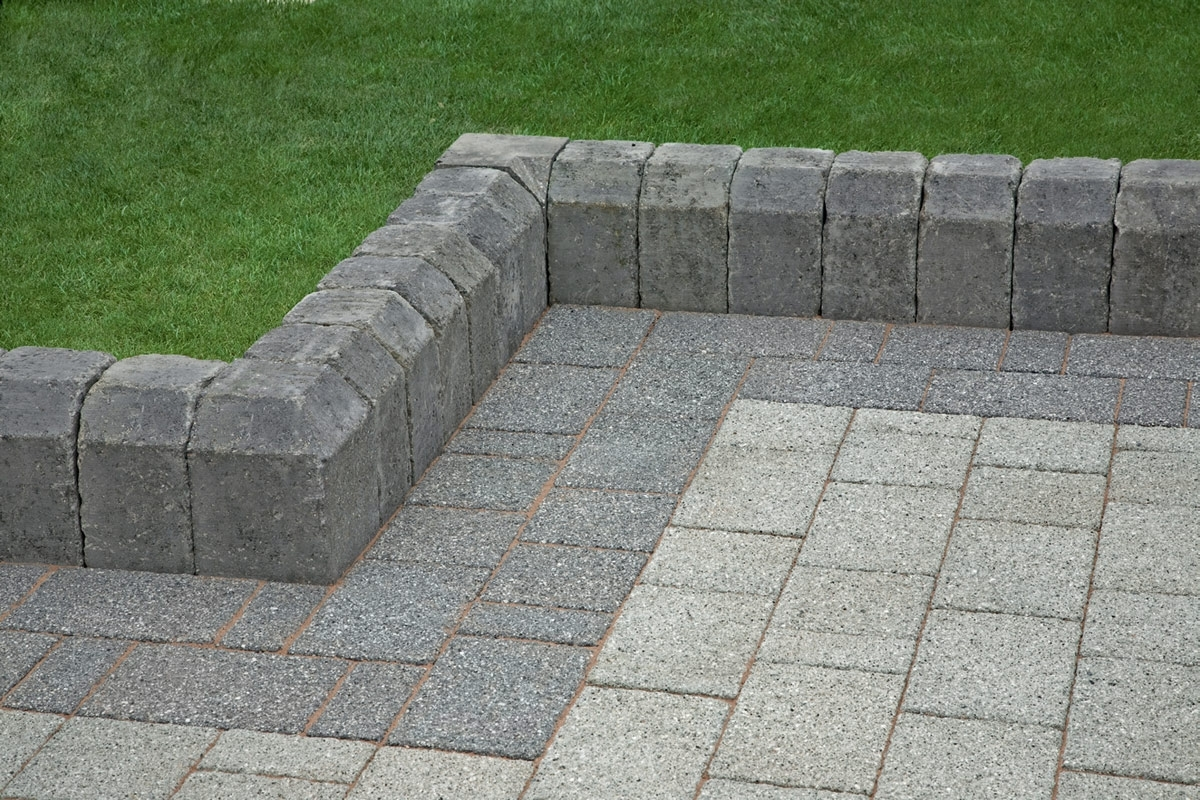 Image of: Dark Grey Kerbs Garden Edging Stones Marshalls For Landscaping Edging Bricks How To Install Landscaping Edging Bricks