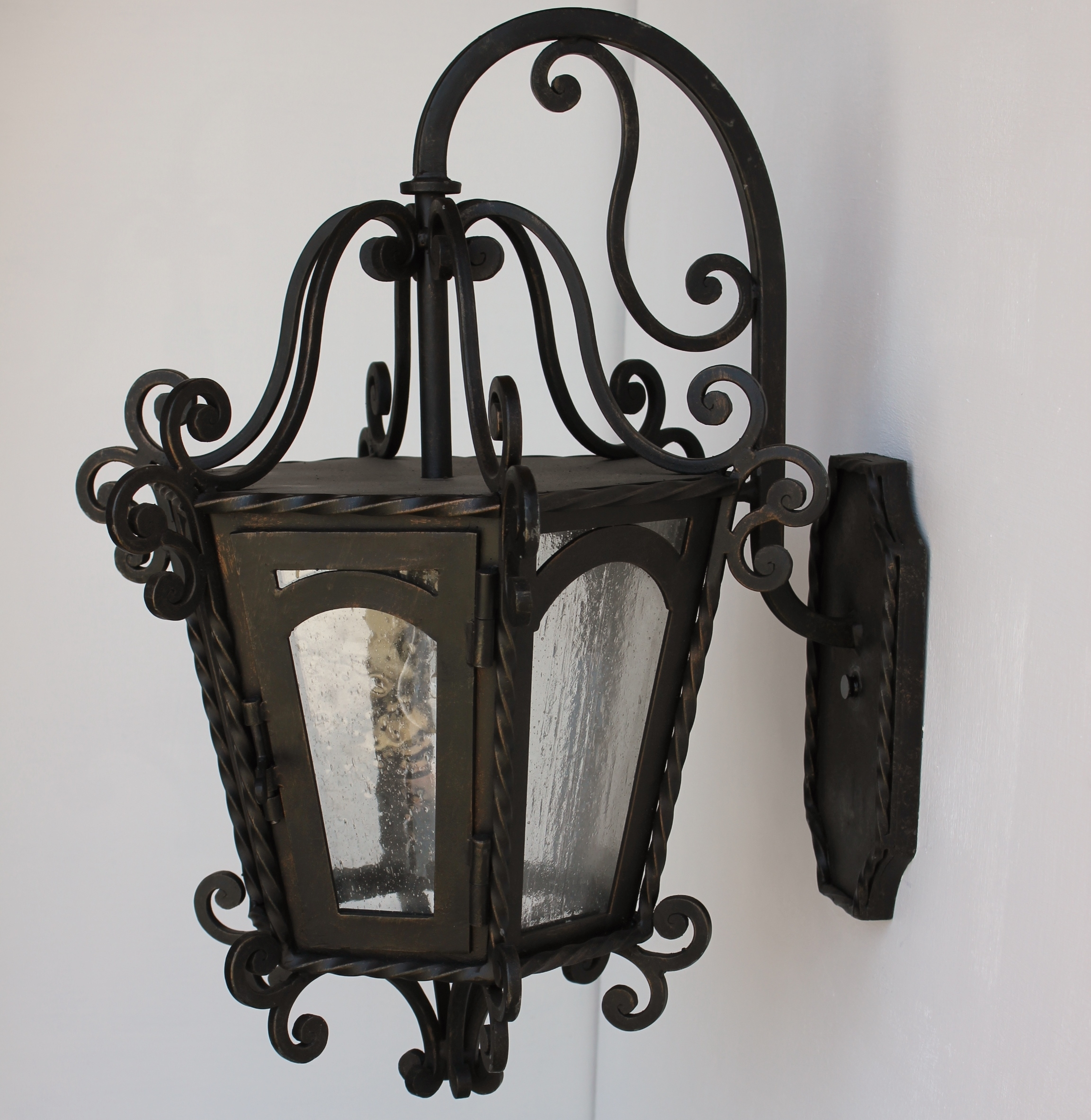 Image of: Gothic Wrought Iron Outdoor Light Fixtures