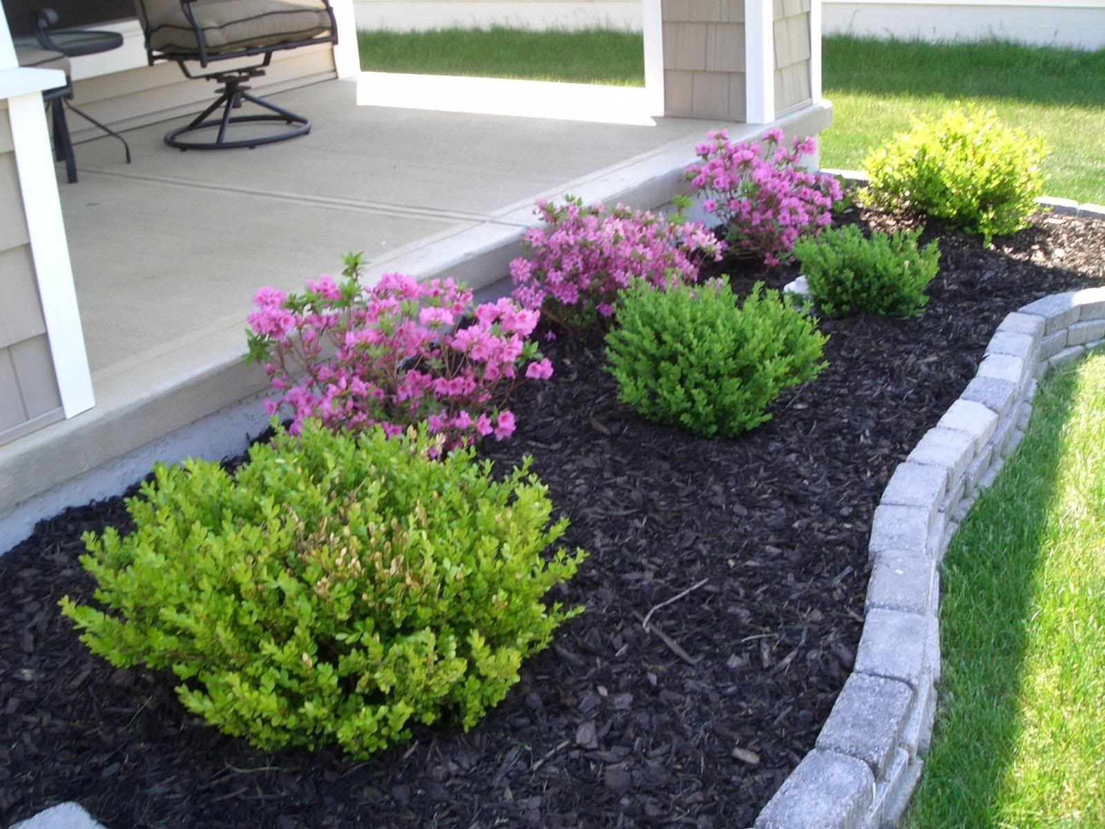 Image of: Landscaping Pictures Of Front Yard Landscaping Small Front Yard For Small Front Yard Landscaping The Best Small Front Yard Landscaping Idea