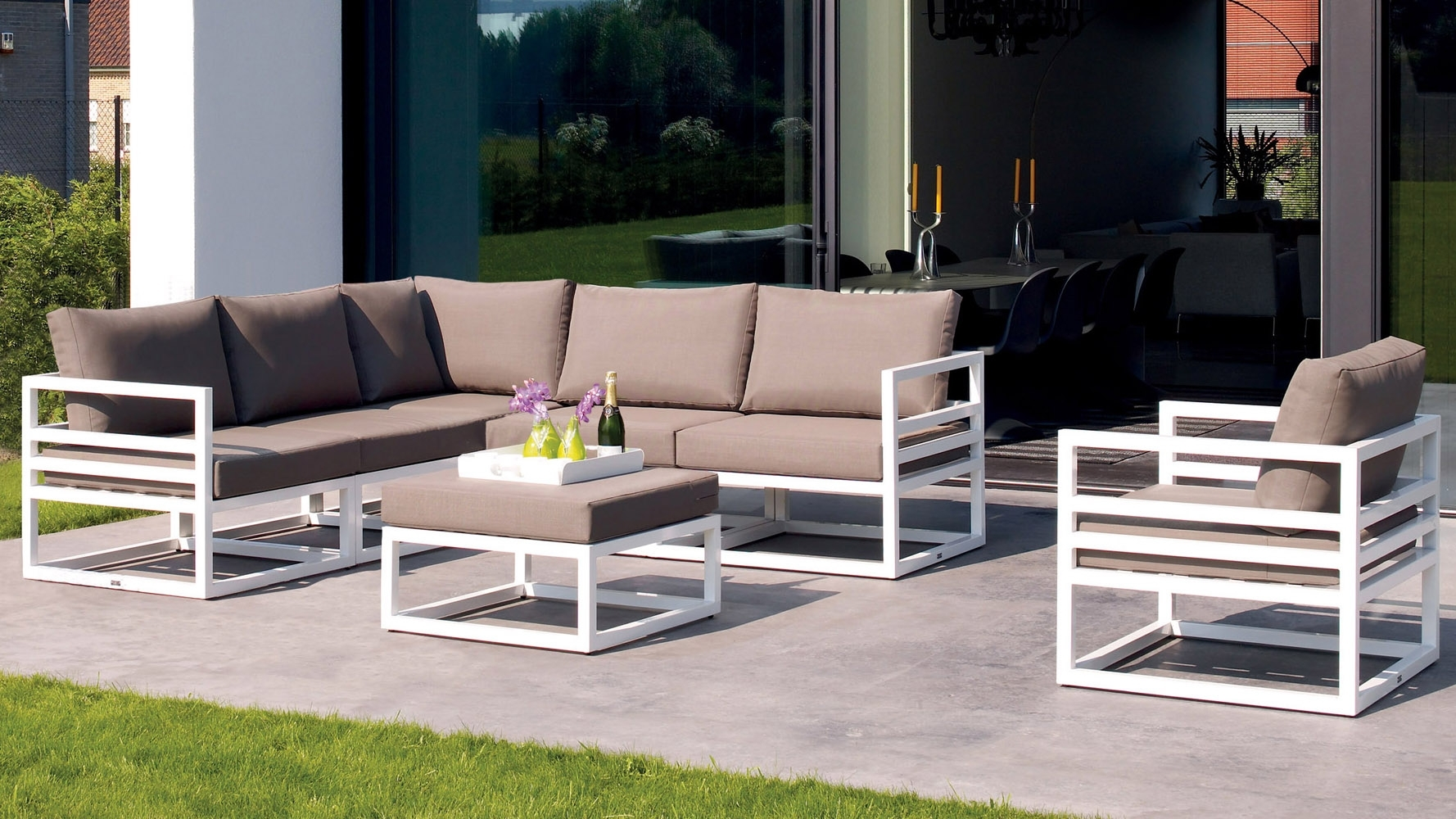 Patio White Aluminum Patio Furniture Pythonet Home Furniture Pertaining To Modern Outdoor Lounge Furniture Best Modern Outdoor Lounge Furniture