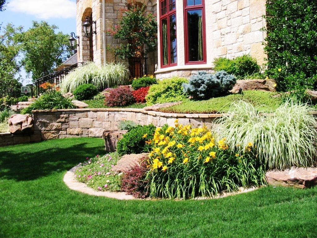 Small Front Yard Landscaping Ideas On A Budget Jen Joes Design With Regard To Small Front Yard Landscaping The Best Small Front Yard Landscaping Idea