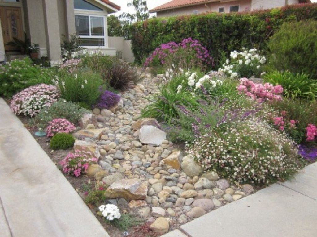 Small Front Yard Landscaping With Rocks Beautiful Garden Pertaining To Small Front Yard Landscaping The Best Small Front Yard Landscaping Idea