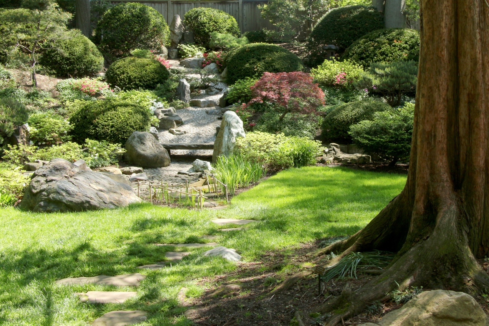 Image of: 3 Basic Japanese Garden Principles Landscaper Should Know With Japanese Landscaping Frehsness Japanese Landscaping Garden At Home