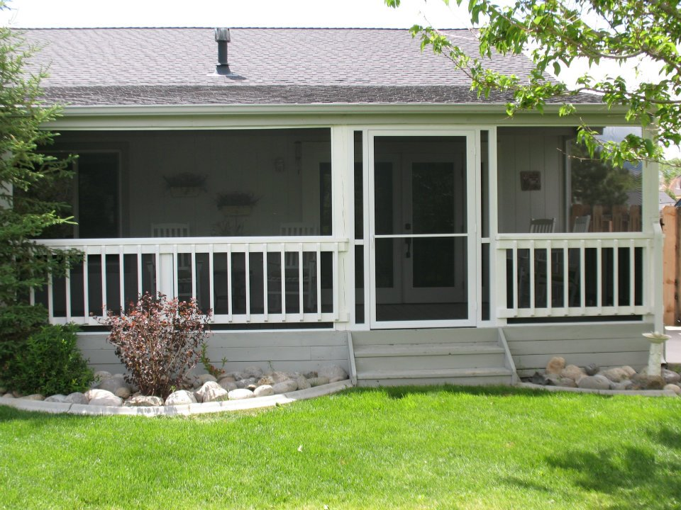Image of: Acrylic Panels For Screened Porch Colors Choices