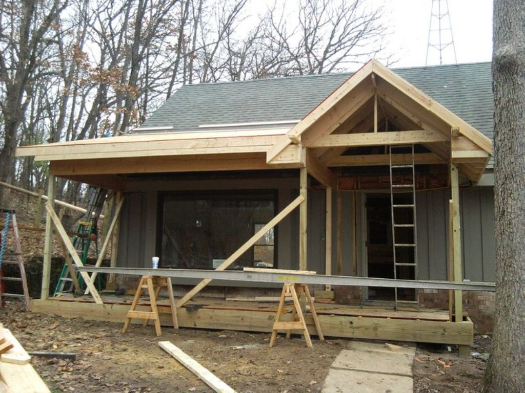 Image of: Adding A Front Porch To A Cape