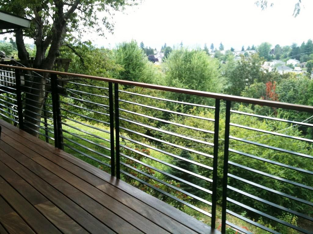 Image of: Appealing Iron Porch Railing