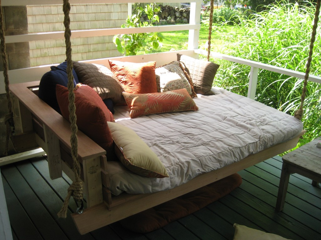 Image of: Awesome Bed Porch Swing