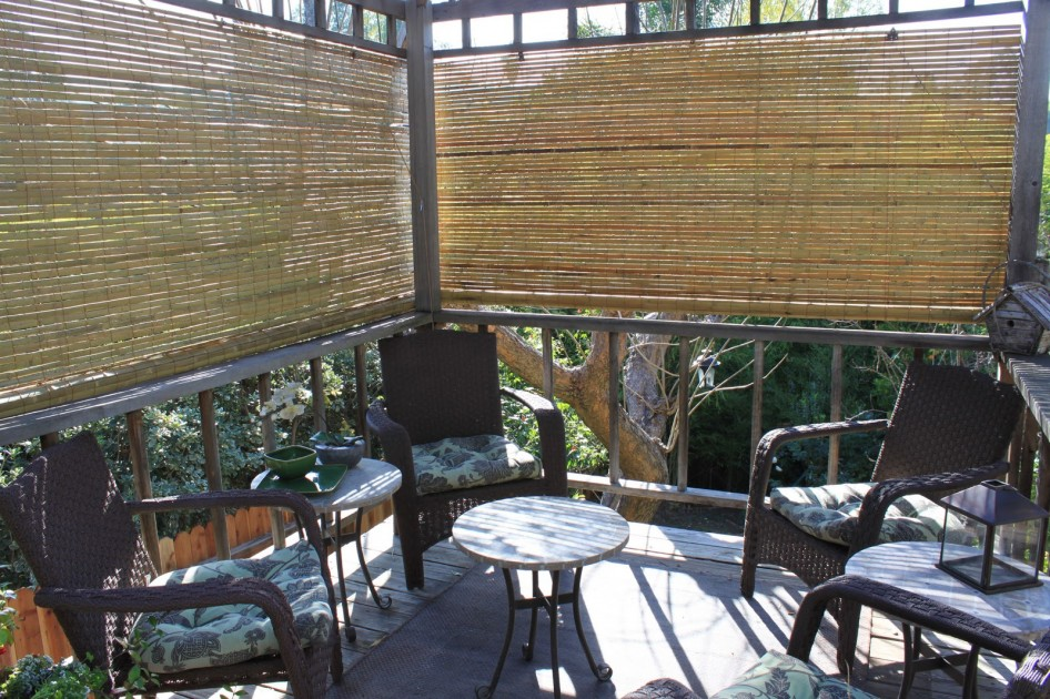 Image of: Bamboo Porch Shades Design