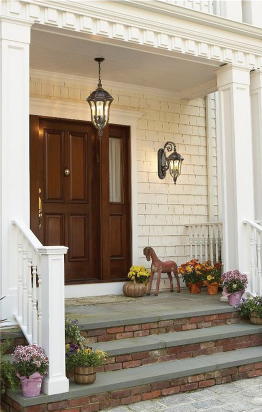 Image of: Beautiful Lantern Porch Lights