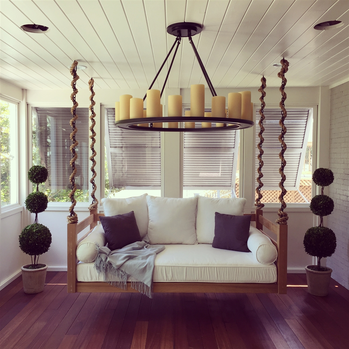 Image of: Bed Porch Swing Style