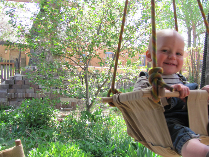 Image of: Best Baby Porch Swing Ideas