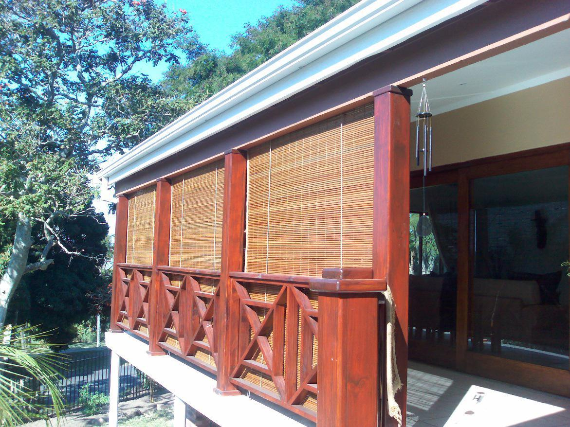Image of: Best Bamboo Porch Shades