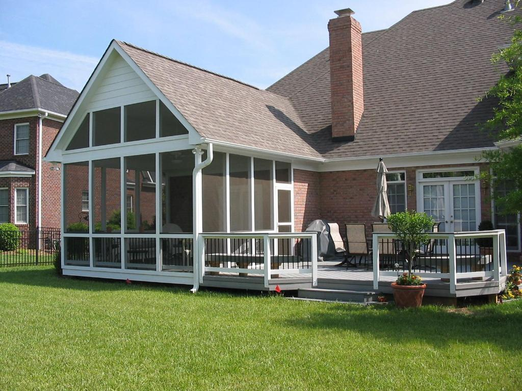Image of: Best Covered Porch Plans