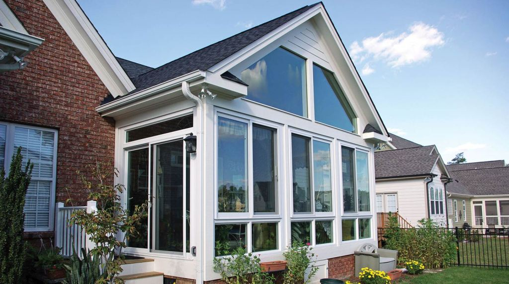 Image of: Best Glassed In Porch