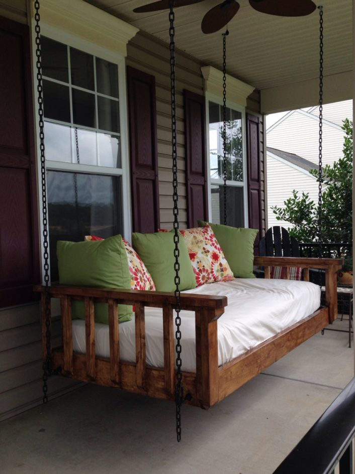 Best Porch Swing Wooden