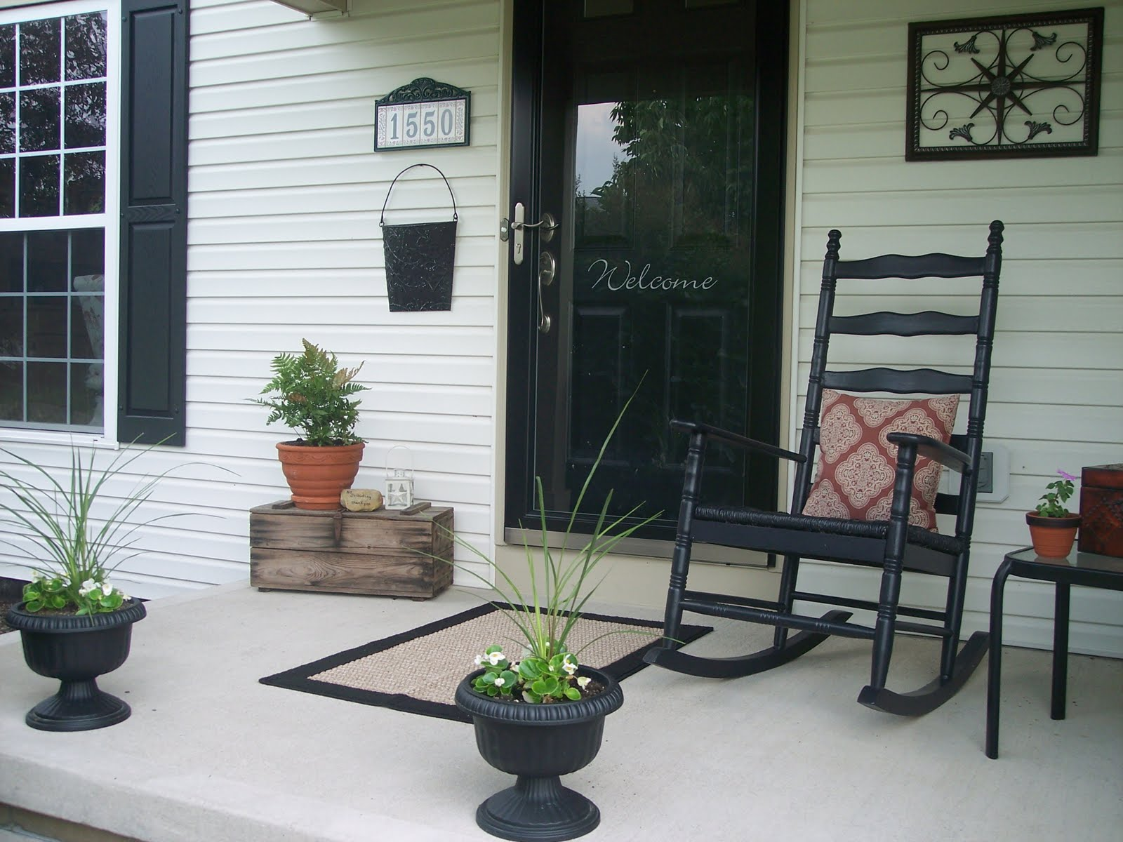 Image of: Black Front Porch Chairs