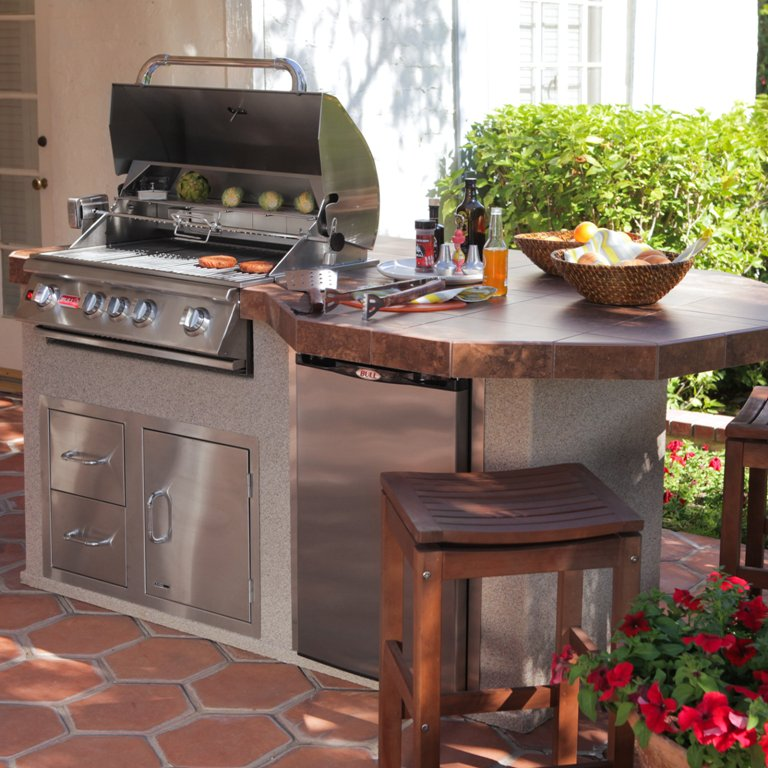 Image of: Bull Bbq Outdoor Kitchen