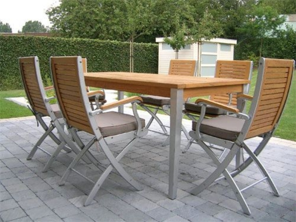 Image of: Cheap Modern Patio Furniture Sets