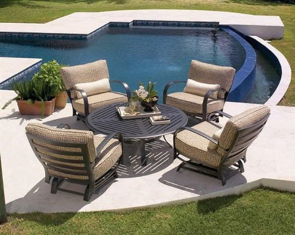 Image of: Cheap Modern Patio Furniture