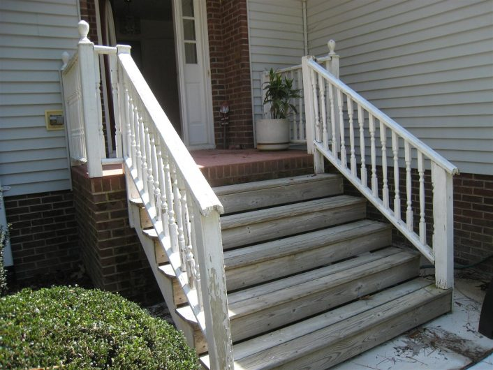 Classic Handrails for Porch Steps