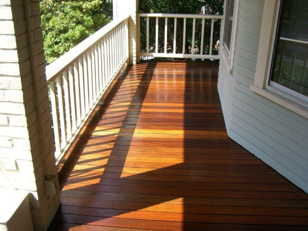 Image of: Composite Porch Flooring Finishing