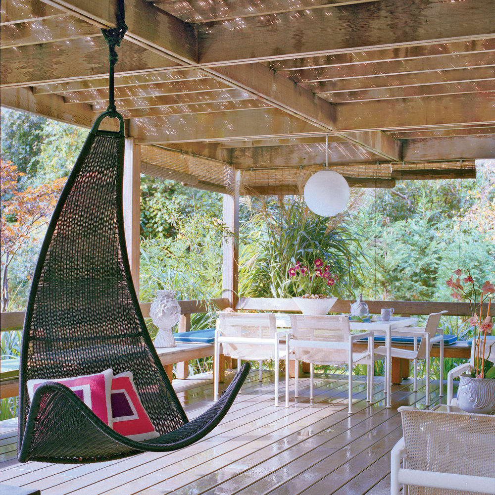 Image of: Covered Porch Swing Modern