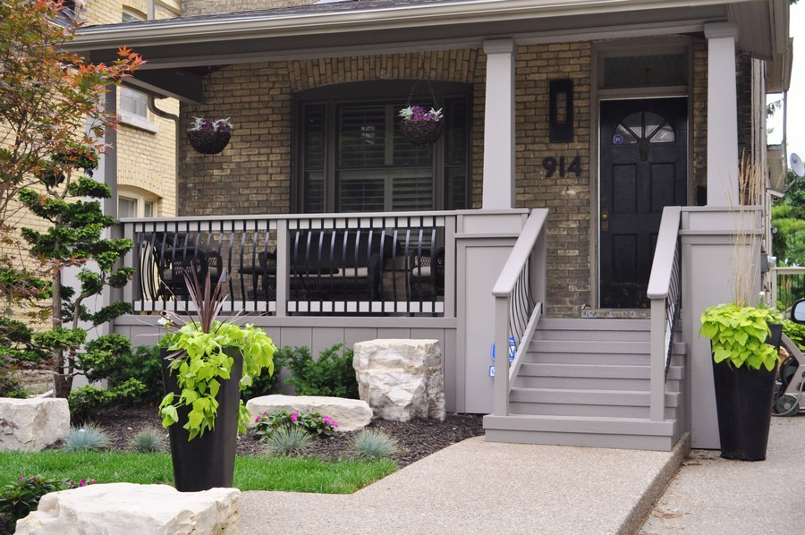 Image of: Dark Front Porch Ideas For Small Houses