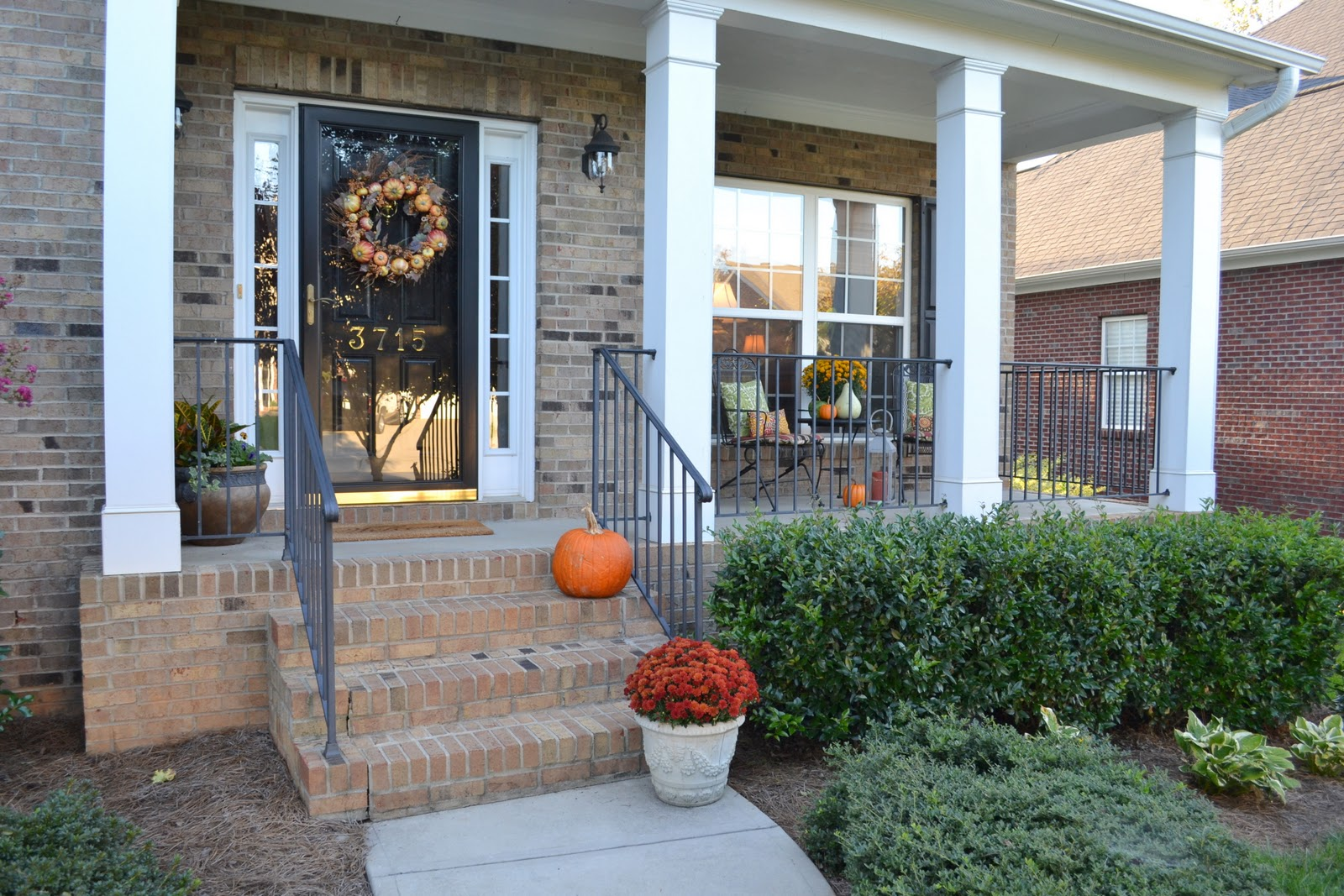 Image of: Decorating Front Porch Design